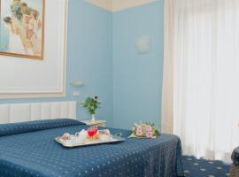 Hotel Augustus, отель в Римини