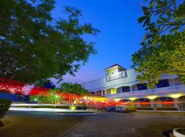 The Mercy Hotel, hotel in Chumphon