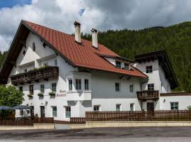 Haus Sandeck, self catering accommodation in Ehrwald