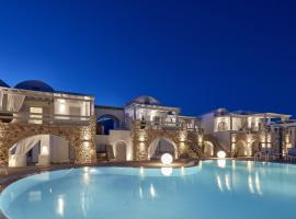 Orabel Suites Santorini (Adults Only), serviced apartment in Perivolos