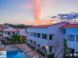 Chandris Apartments, hotel with pools in Kavos
