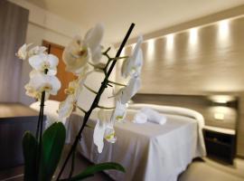 Hotel Crystal, hotel in Marina di Pietrasanta