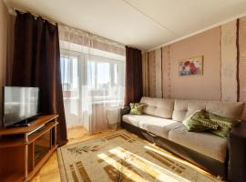 Alyans Apartment on Shvartsa, hotel in Yekaterinburg