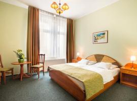 Baross City Hotel - Budapest, hotel in Budapest