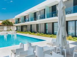 Pestana Ilha Dourada Hotel & Villas, hotel in Porto Santo