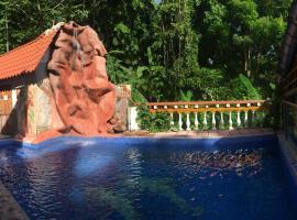 Hotel Coco Beach, hotel en Manuel Antonio