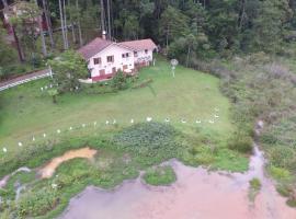Casa do Lago, hotel perto de Pico do Selado, Monte Verde