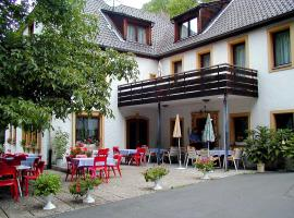 Hotel Pension Blüchersruh, hotel near Bayreuth Central Station, Bad Berneck im Fichtelgebirge