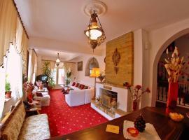 Villa-Hotel Escala, hotel din Cluj-Napoca