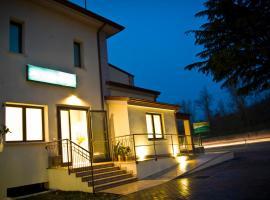 Hotel Main Street, hotel near Public Palace, Cerasolo