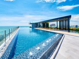 The Base by Fantasea Beach, hotel in Pattaya