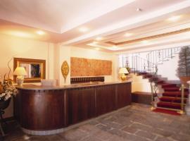 Hotel La Palazzina, hotell i Casal Velino