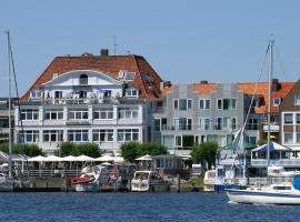 Hotel Deutscher Kaiser, hotel near HANSA-PARK, Travemünde