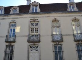 Les Charmottes, hotel in Nuits-Saint-Georges
