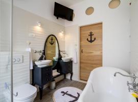 Old Town Rooms Deluxe Suite, B&B in Zadar