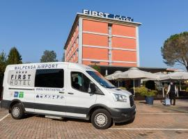 First Hotel Malpensa, hotel in Case Nuove