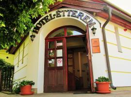 Józsi Bácsi Szállodája, hotel in Szombathely