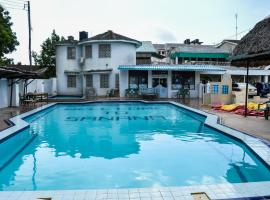 Sanana Conference Center and Holiday Resort, hotel in Mombasa