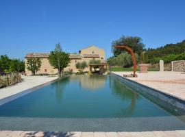 Domaine des Peyre, villa in Robion en Luberon