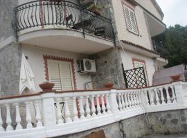 Elios Residence Hotel, hotel in Sapri