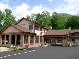 Jonathan Creek Inn and Villas, hotel in Maggie Valley