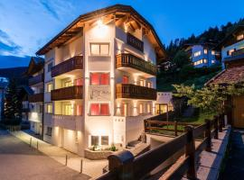 Avita - suites to relax, apartment in Ortisei