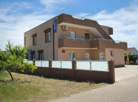 Ana & Marija, hotel in zona Aeroporto di Spalato - SPU,