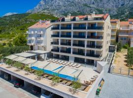 Luxury Aparthotel, hotel in Makarska