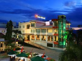 Swiss-Belhotel Silae Palu, отель в городе Палу