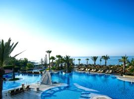 Four Seasons Hotel, hotel in Limassol