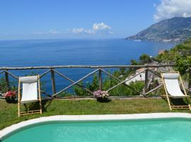 Villa La Macera, hotel with pools in Maiori