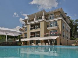 Villa Sophia, hotel in Varna City