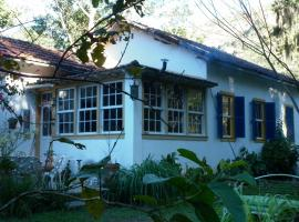 Bed & Breakfast Pouso Donana, hotel near Barao de Itaipava Castle, Itaipava