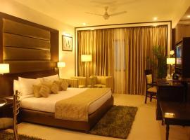 Hotel Shanti Palace Mahipalpur, hotel near Delhi International Airport - DEL, New Delhi