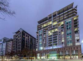 Oaks Adelaide Embassy Suites, apartment in Adelaide