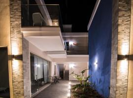 Blue Horizon, pet-friendly hotel in Palaiochóra