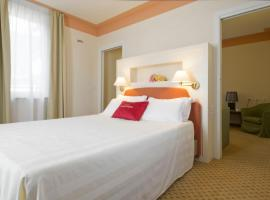 Hotel Leon D'Oro Castell' Arquato, hotel near Parco delle Fiabe, Castell'Arquato