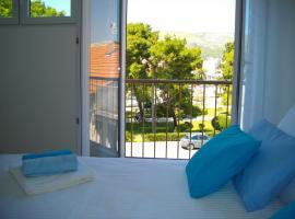 Studio Goga, hotel near Park Ex Fanfogna, Trogir