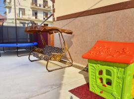 Mishel, self catering accommodation in Vityazevo