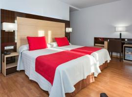 Hotel Baviera, отель в городе Марбелья