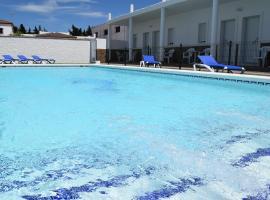 Alojamientos Alma, hotel near Club de Golf Campano, Conil de la Frontera