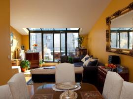 52 Clichy Bed & Breakfast - Chambre d'hôtes, hôtel à Paris près de: Gare Saint-Lazare