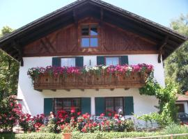 Haus Alpenrose, boutique hotel in Schwangau