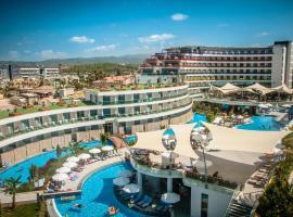 Long Beach Harmony Hotel, отель в Авсалларе