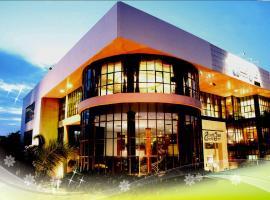 Saraburi Inn, hotel in Sara Buri
