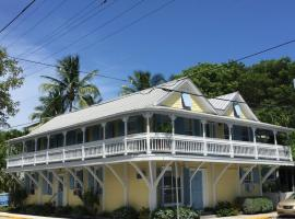 Angelina Guesthouse Adults Only, No Resort Fees, guest house in Key West