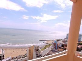 Torre Alberti Apartments, hotel cerca de Playa Chica, Mar del Plata