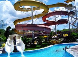 Golden Dolphin Grand Hotel via Hmaster, apartamento em Caldas Novas