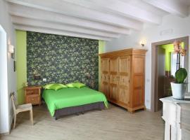 Cascinetta32, farm stay in Invorio Inferiore
