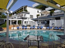 Villa Poseidon Boutique Hotel, hotel in Salerno